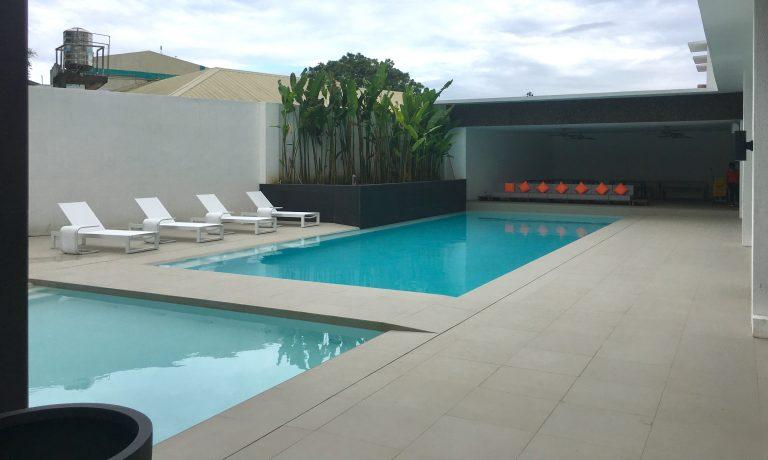 Swimming room 4
